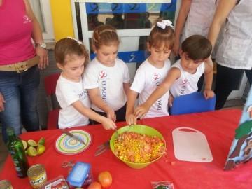 Culinária do Conto a Galinha Ruiva, Salada de Milho