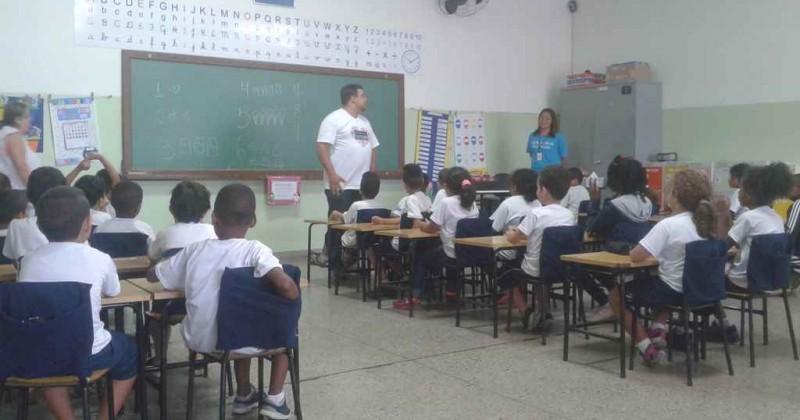 Boa tarde nas salas de aula